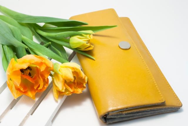 金運が上がる財布の選び方とは?【色・形・素材などをまとめました】